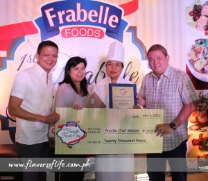 The Grand Winner, Neneth Tiongkiao Madrona, receiving her prizes from Senator Francis Escudero, Nana Ozaeta and Frannie Tiu Laurel