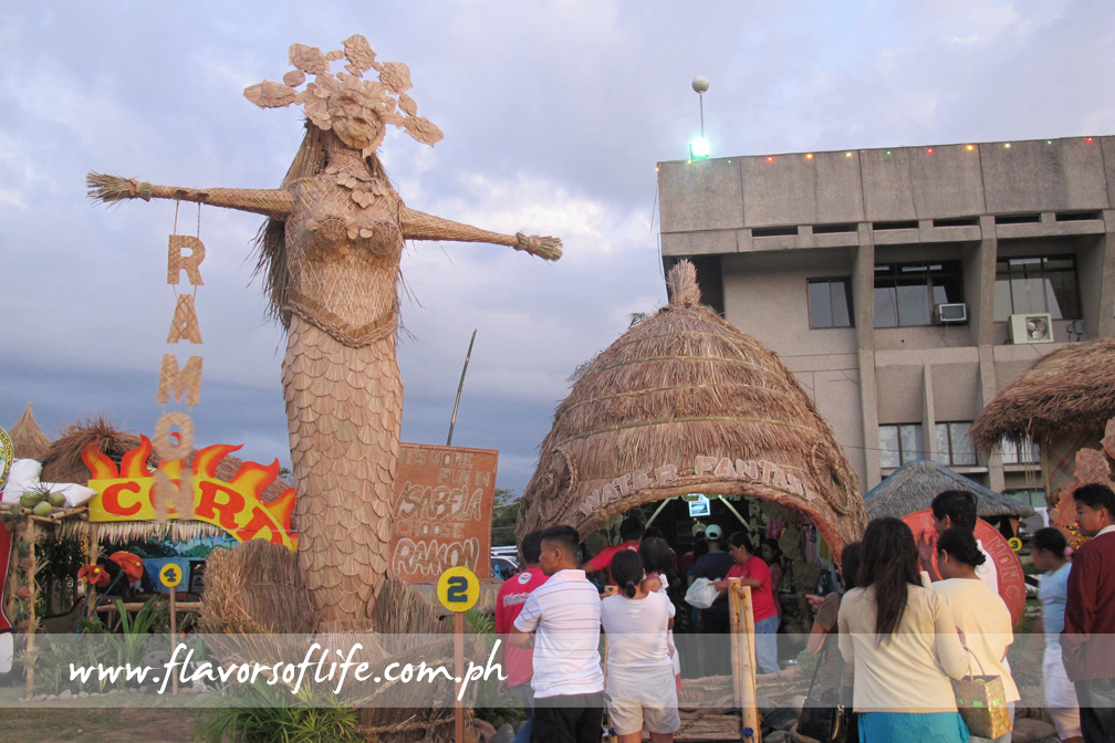 The booth and giant bambanti of Ramon, home to the famous Magat Dam