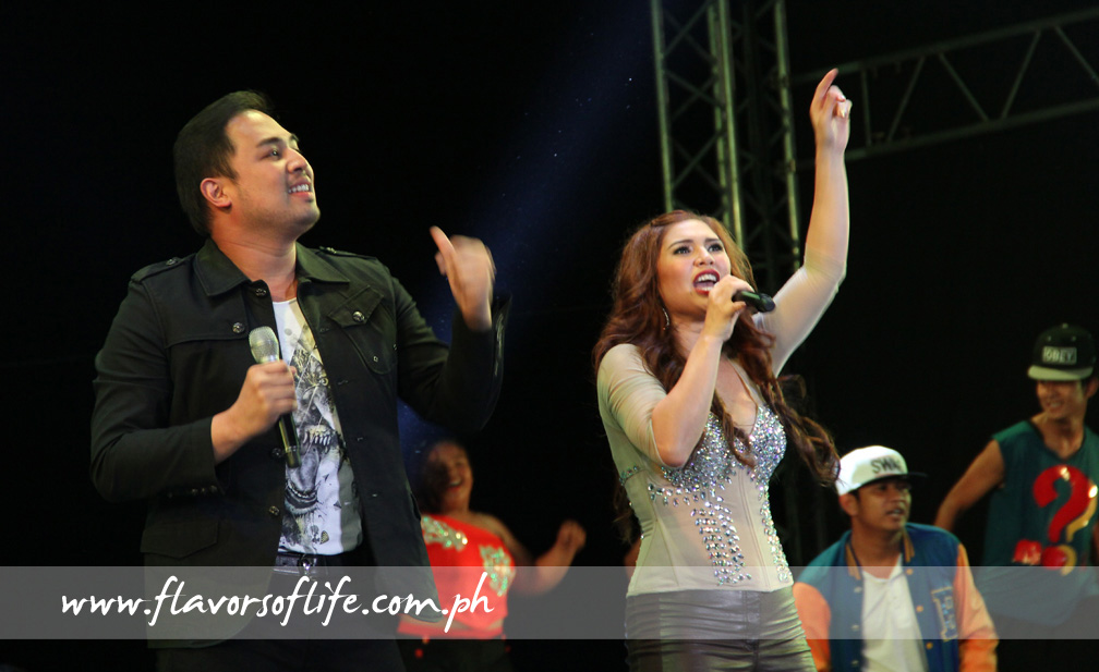 Jed Madela and Vina Morales working up the crowd in Ilagan, Isabela