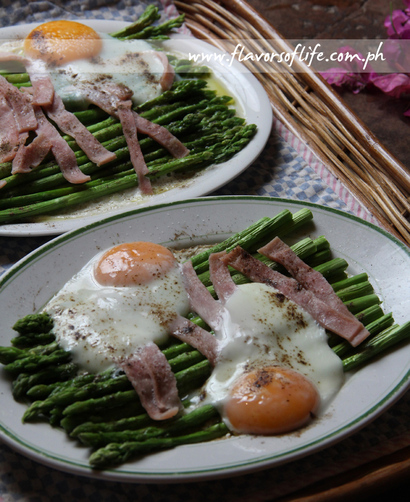 Asparagus and Eggs in Olive Oil and Balsamic Dressing
