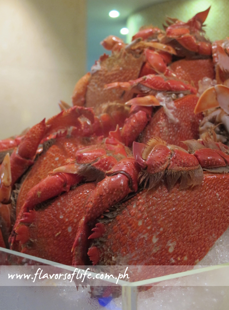 Cooked Crabs on Ice