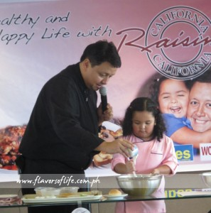 Chef David Pardo de Ayala and his daughter, baby chef Sofia, during the California Raisins demo held at Discovery Suites last Saturday (April 6, 2013)