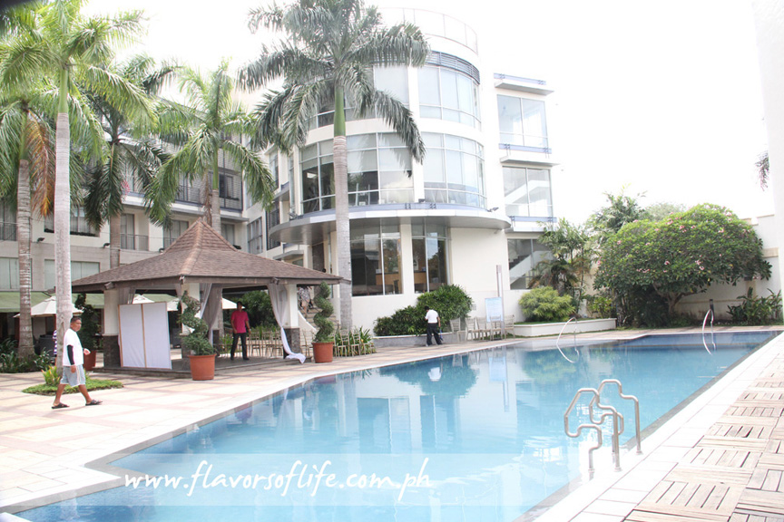 World-class The Avenue Plaza Hotel in Naga City