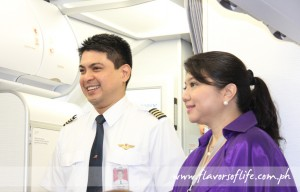 Captain Roland Narciso flew in PAL's first Airbus A321 from airbus' final assembly line in Hamburg, Germany; here being presented by PAL spokesperson Cielo Villaluna