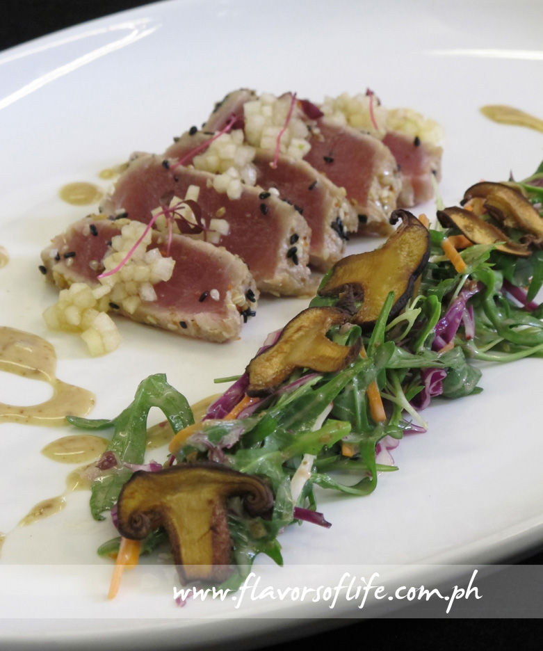 Seared Tuna with Mixed Green Salad, Sesame-Onion Dressing, Apple and Pear Relish prepared with the use of Wusthof knives
