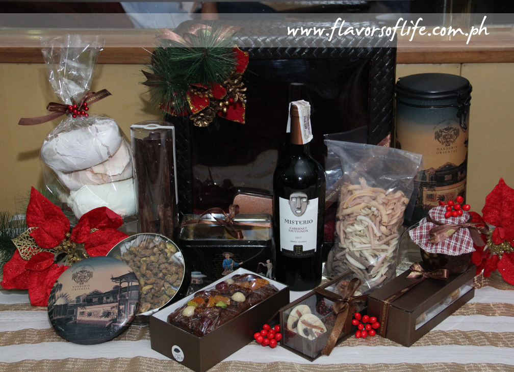 Yuletide Treasures