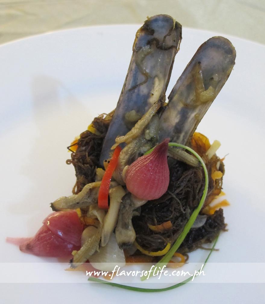 Hercor College's appetizer, Atchara nga Gulaman nga May Tikhan (Pickled Seaweed with Bamboo Shells)