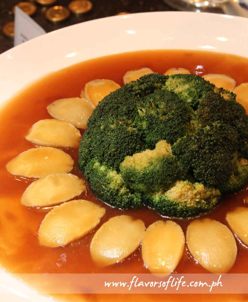Slow-cooked Baby Abalone in Supreme Oyster Sauce