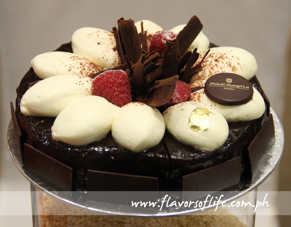Flourless Chocolate Cake (Sinfully Circles by Makati Shangri-La Hotel)