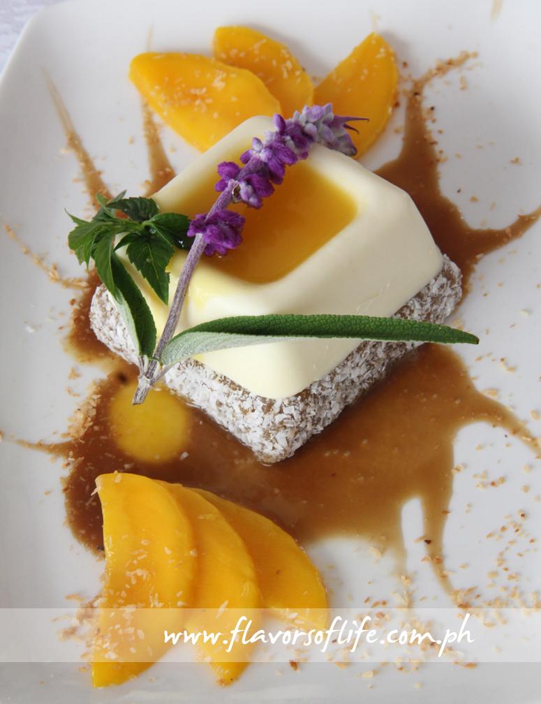 Suman Rice Cake with Fresh Ripe Mangoes and Latik Sauce