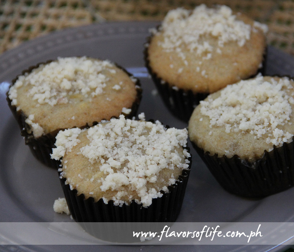 Banana Streusel Cupcakes by Batter Up by Florence