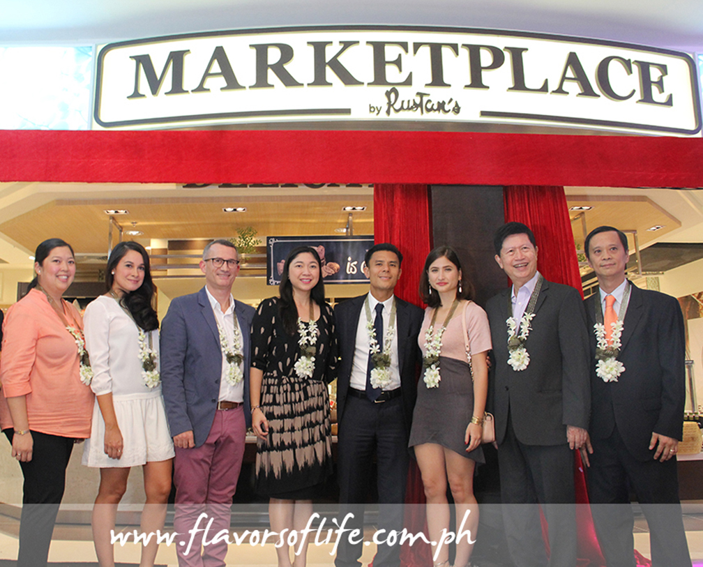 Doing the honors of unveiling the new Marketplace by Rustan's at Central Square, from left: Shaira Creencia, Georgia Schulze Del Rosario, RSCI CEO Pierre Deplanck, Taguig Mayor Lani Cayetano, RSCI president Donnie Tantoco, Xandra Rocha, Ayala Land's Tony Aquino and Dindo Sy Chu