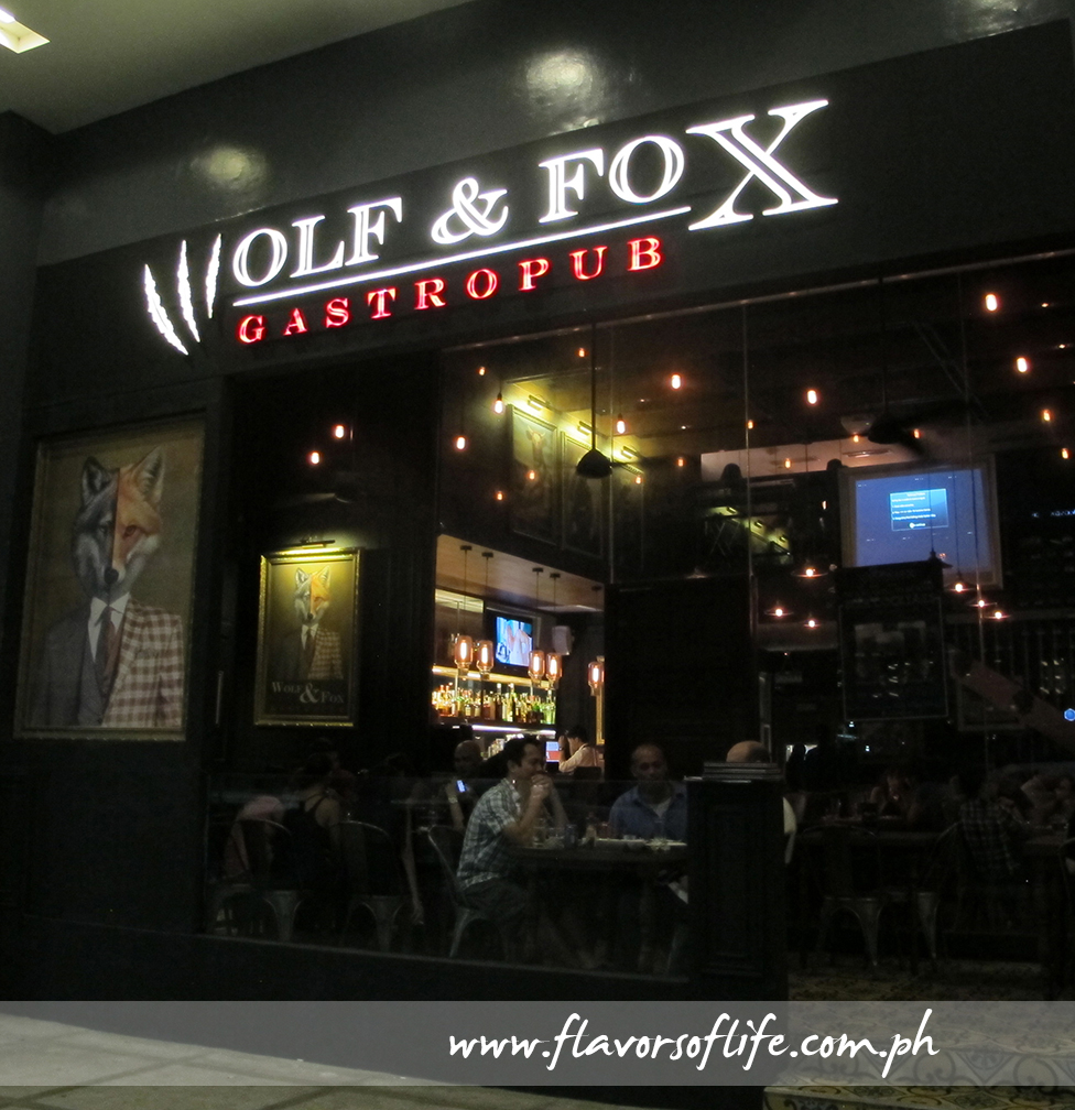 "Wolf & Fox GastroPub at Two Parkade, Bonifacio Global City, transforms into a different ""animal"" at night"