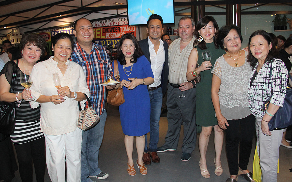 At the launch, from left: Kathy Yao Santos, Chef Babes Austria, Chef Myke Sarthou, Vicky Choi, Chef Sau del Rosario, Chef Jean Pierre Migne, Elaiza Choi, Edith Singian and Chef Penk Ching