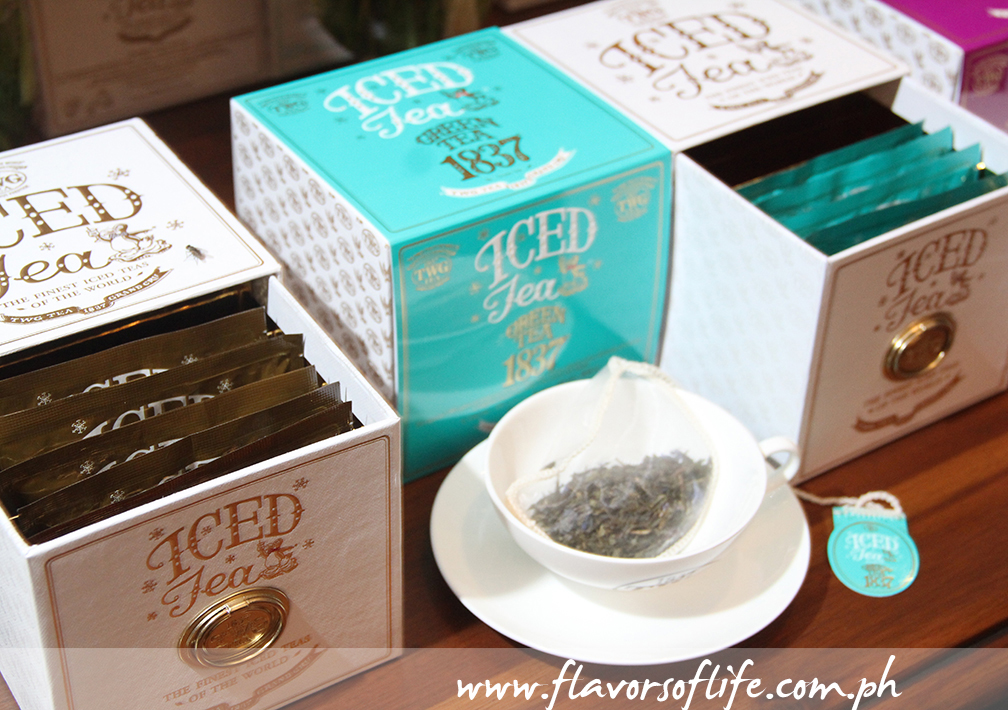 Seven teabags come in a lovely pullout drawer-type gift box embossed with gold lettering