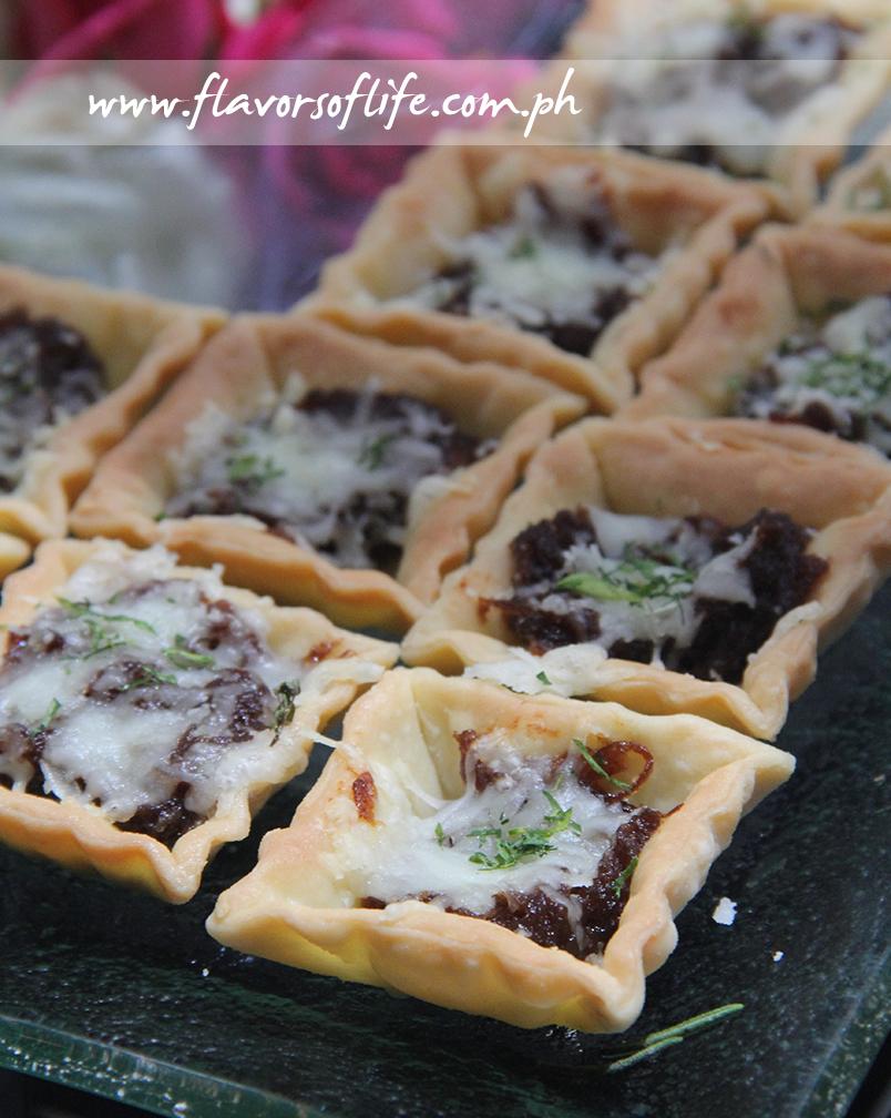 French Onion Tartlettes (Nina Daza-Puyat)
