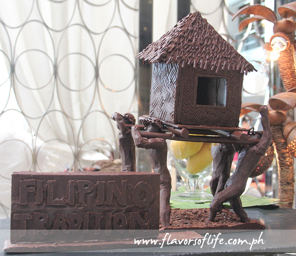 Chocolate carving at the desserts station