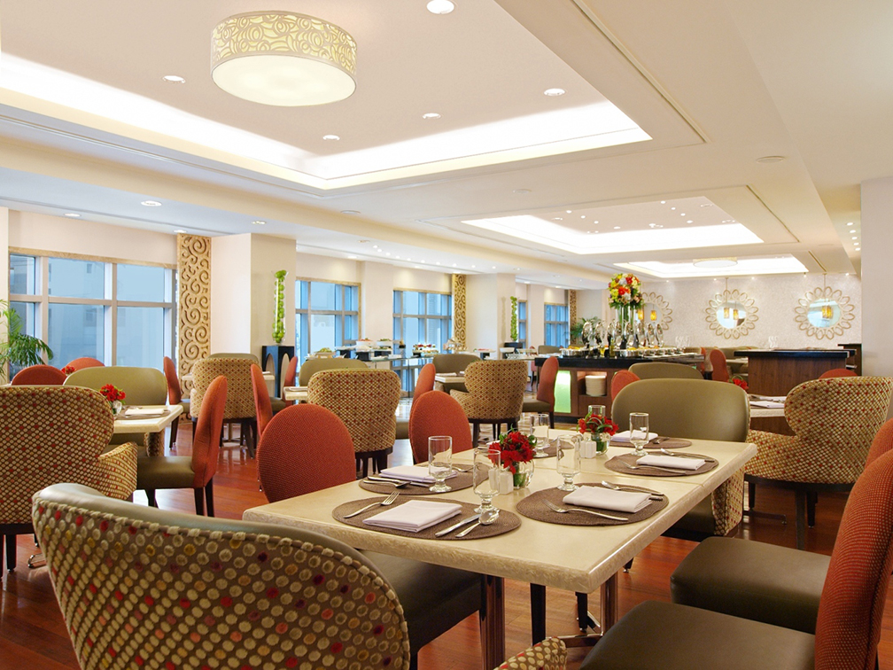 Father's Day action takes place at Richmonde Ortigas' Richmonde Cafe