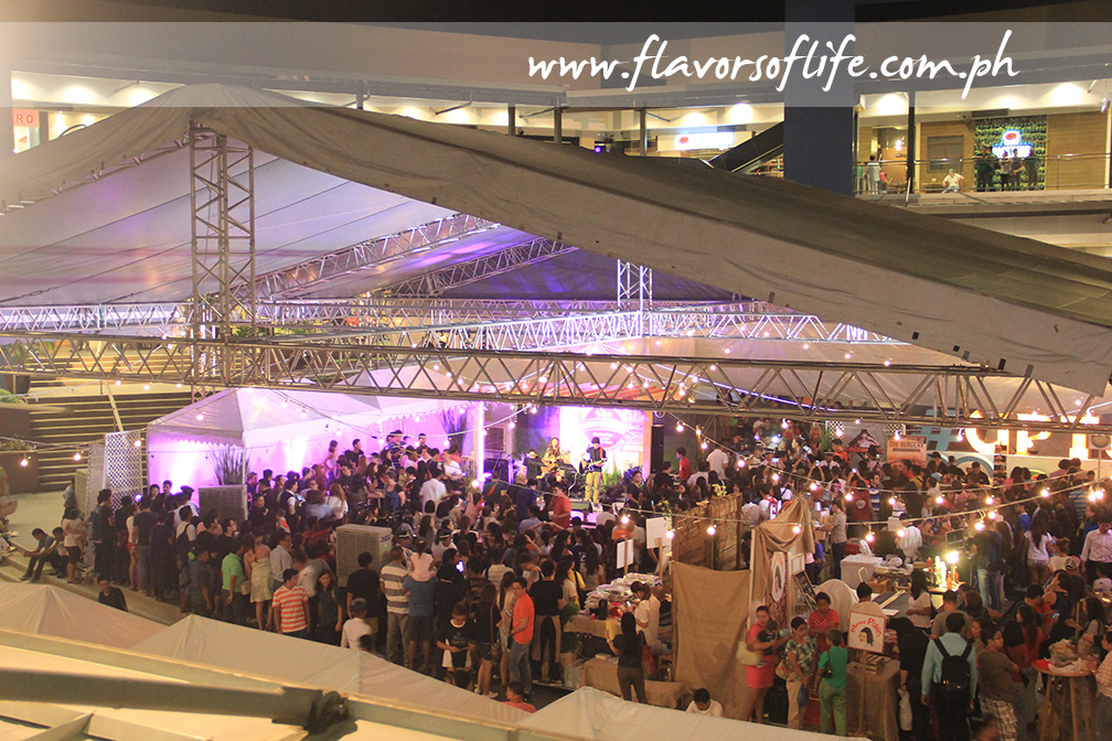 The gastronomic event filled U.P. Town Center's Amphitheater with people