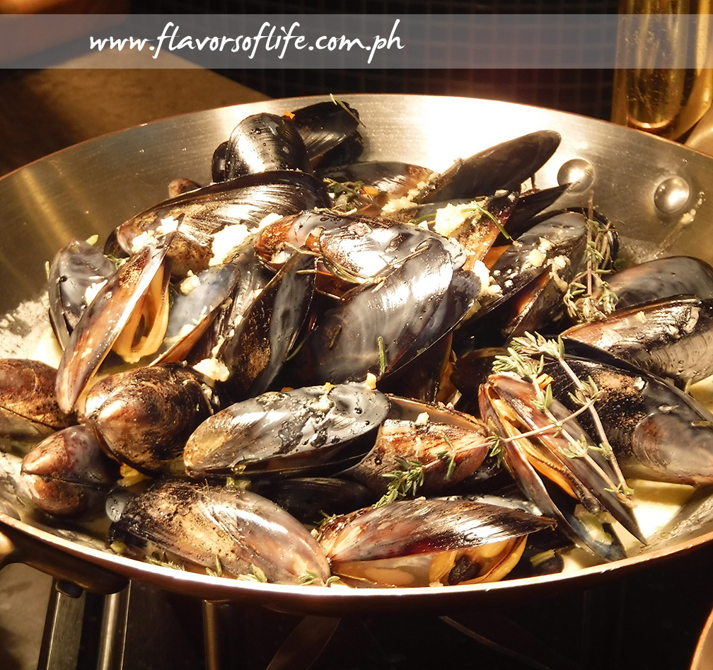 Mussels Marinierre (Tuesdays)