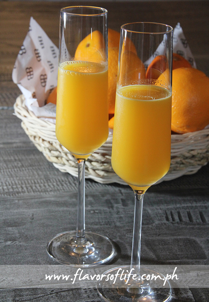 Freshly squeezed orange juice is packed with vitamins, fiber and antioxidants