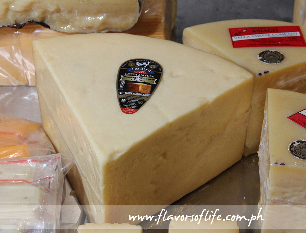 Fiscalini Extra Mature Bandage Wrapped Cheddar Cheese