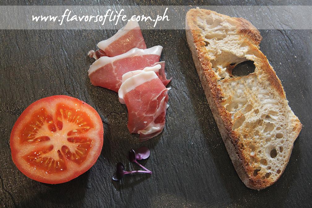 Iberico Ham with Tomato on Bread