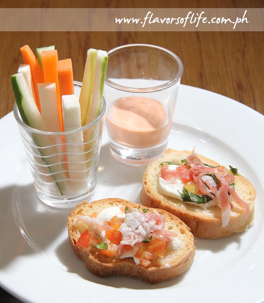 Vegetable Crudites with Dip and Bruschetta