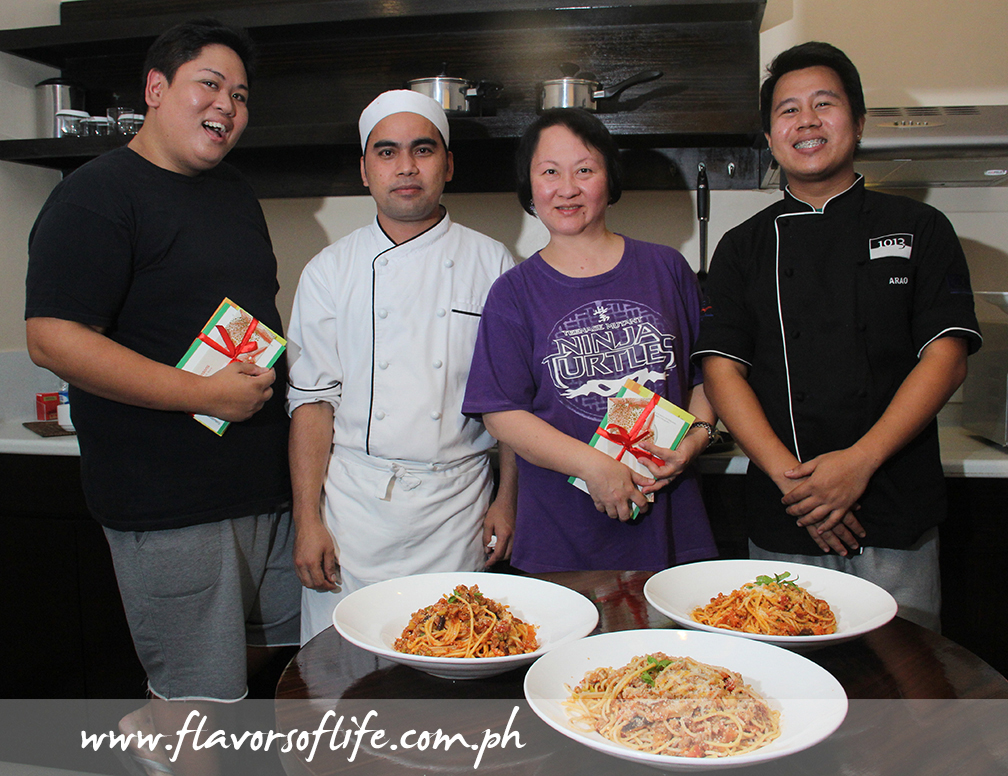 Cookoff champs Raoul Chee Kee (of Philippine Daily Inquirer) and me with the chefs