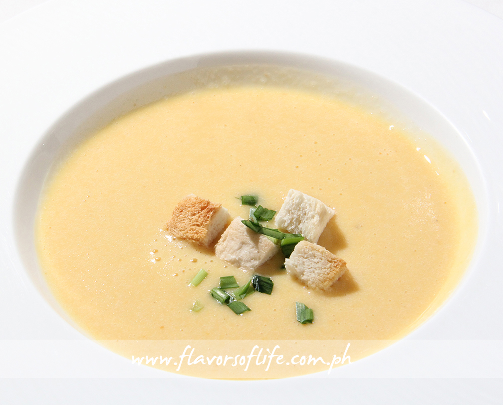 Potato-Leek Soup with Croutons and Chives