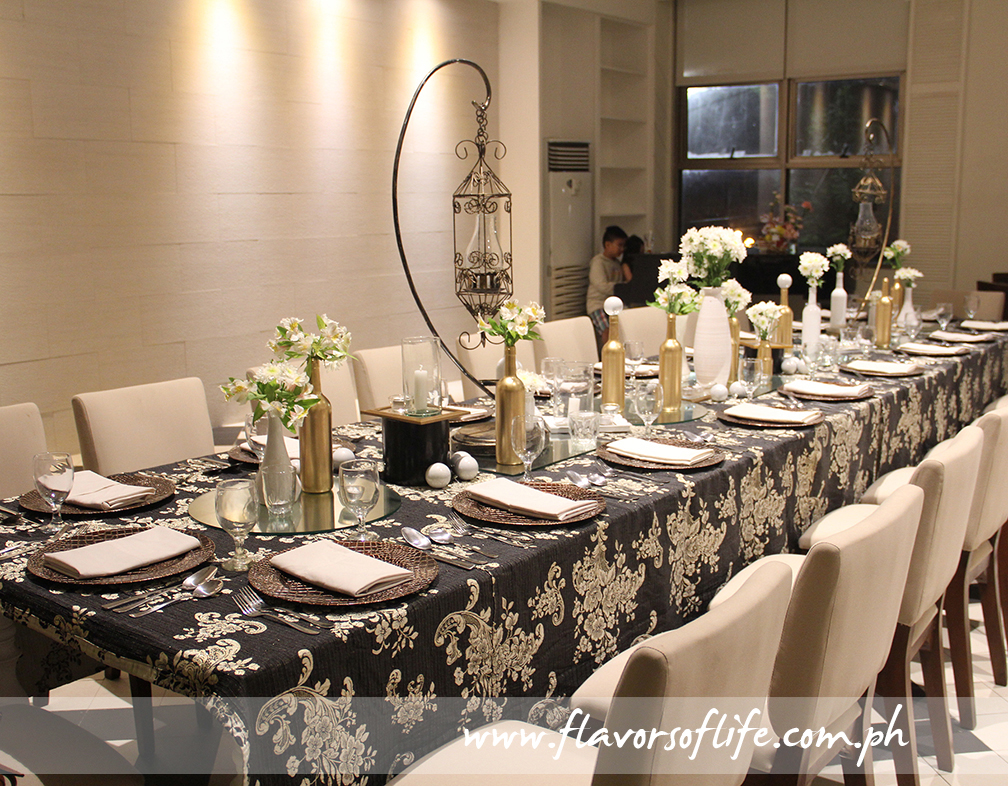 Elegant New Year'sEve Dinner set-up