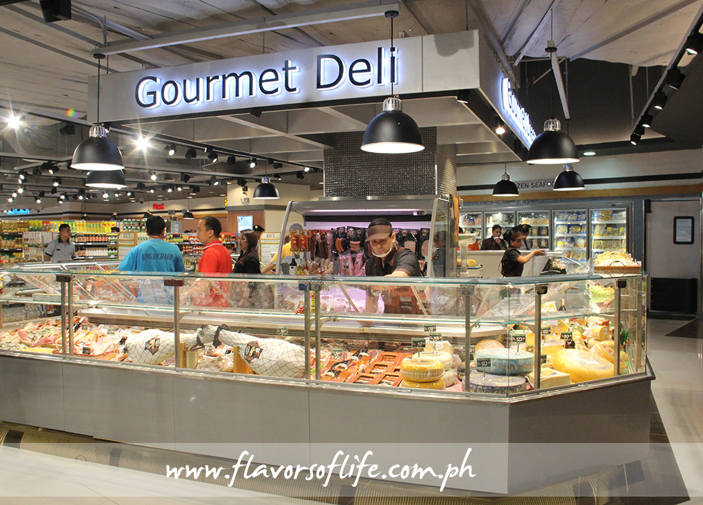 The Gourmet Deli presents wide selections of hams, cheeses and deli items