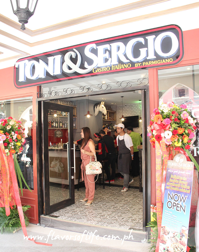 Toni & Sergio Gastro Italiano just recently opened at the Venice Grand Canal Mall in McKinley Hill, Fort Bonifacio, Taguig City
