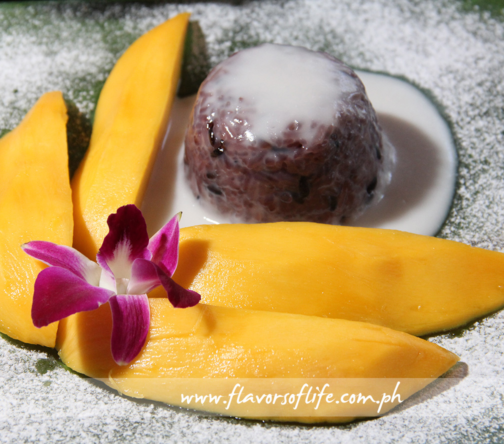 Khao Niew Ma Muang (Mango with Sticky Rice)