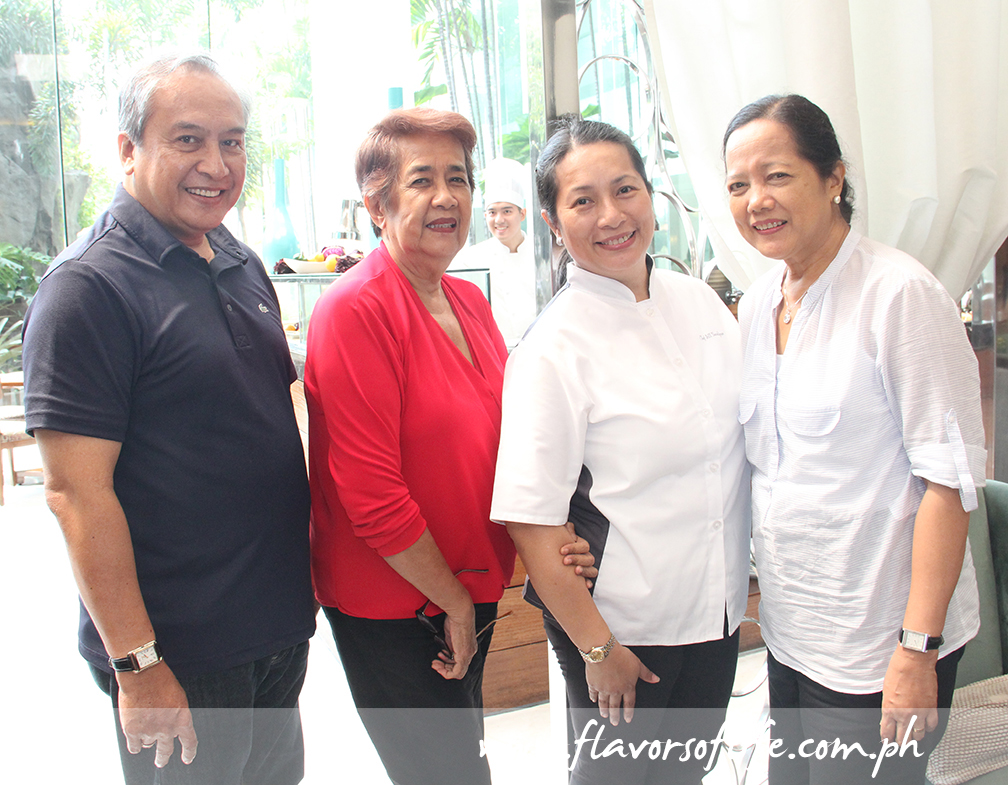 Chef Jill Sandique (third from left) with family friends, from left: Ric Acorda, Teresing Lorenza and Celsa Acorda
