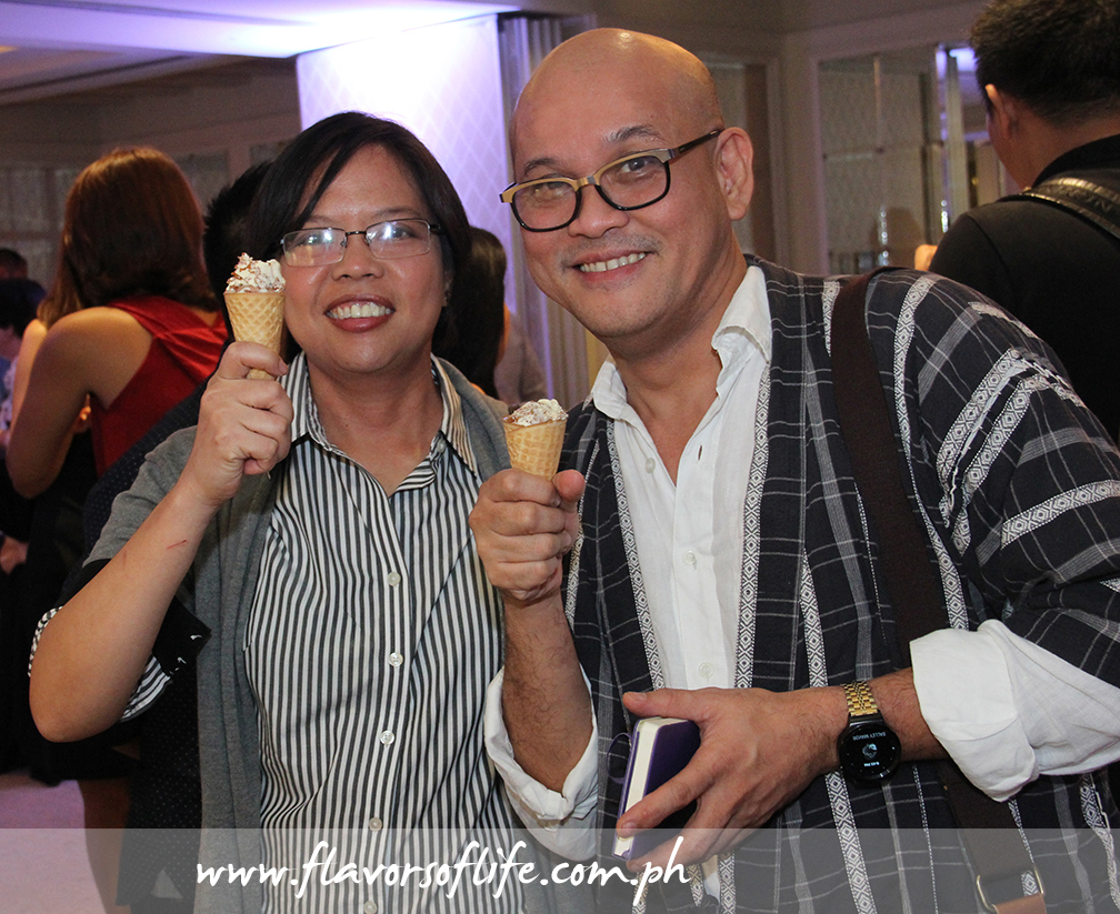 Enderun Colleges' Bel Castro and Hyatt City of Dreams Manila's Ouie Badelles enjoying ice cream