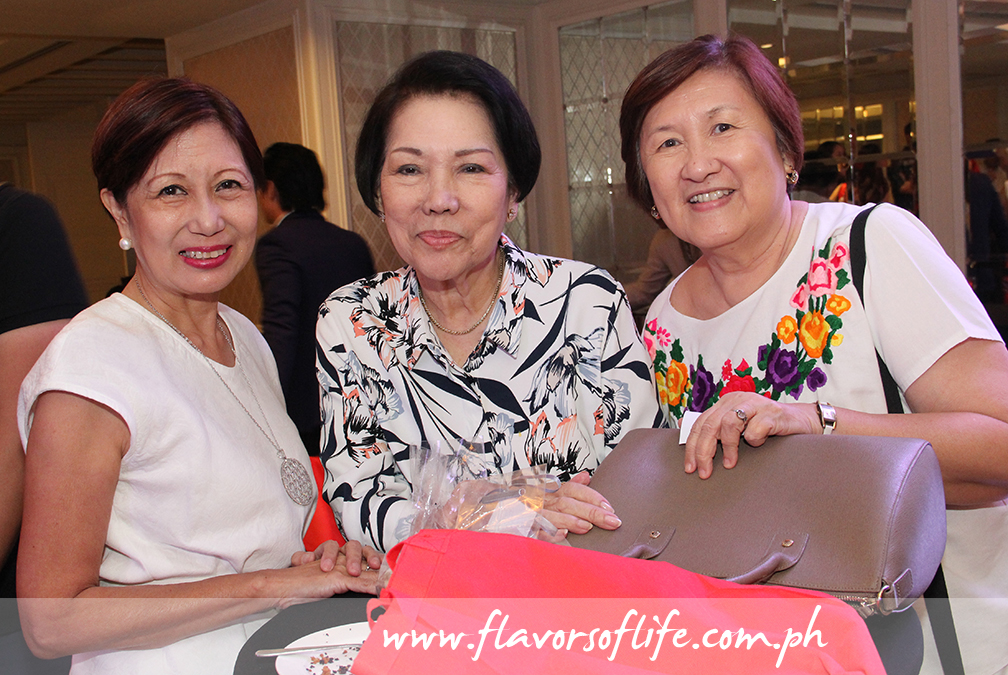 Three gracious ladies among the crowd, from left: Felice Sta. Maria, Glenda Barretto and Micky Fenix