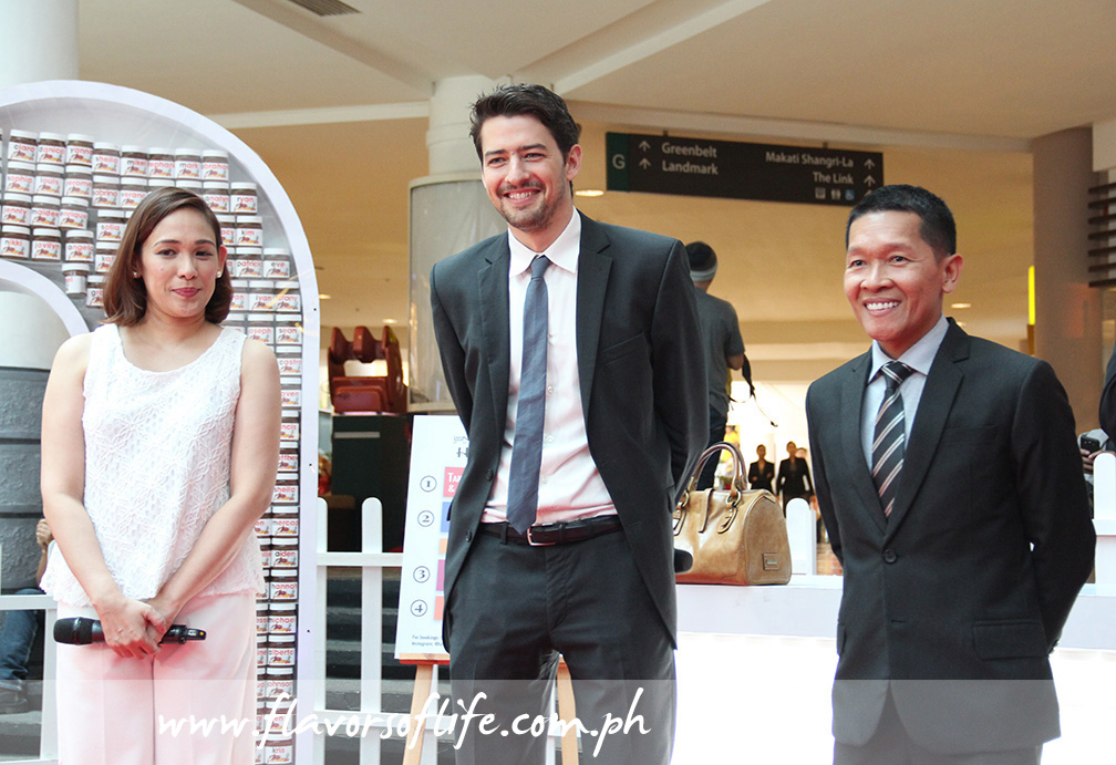 Mommy blogger Frances Ampersales with Fabian Heymer, brand manager for Southeast Asia of Nutella; and Tommy Del Mar Jr., national business manager of Ferrero Asia Limited-Philippines Representative Office