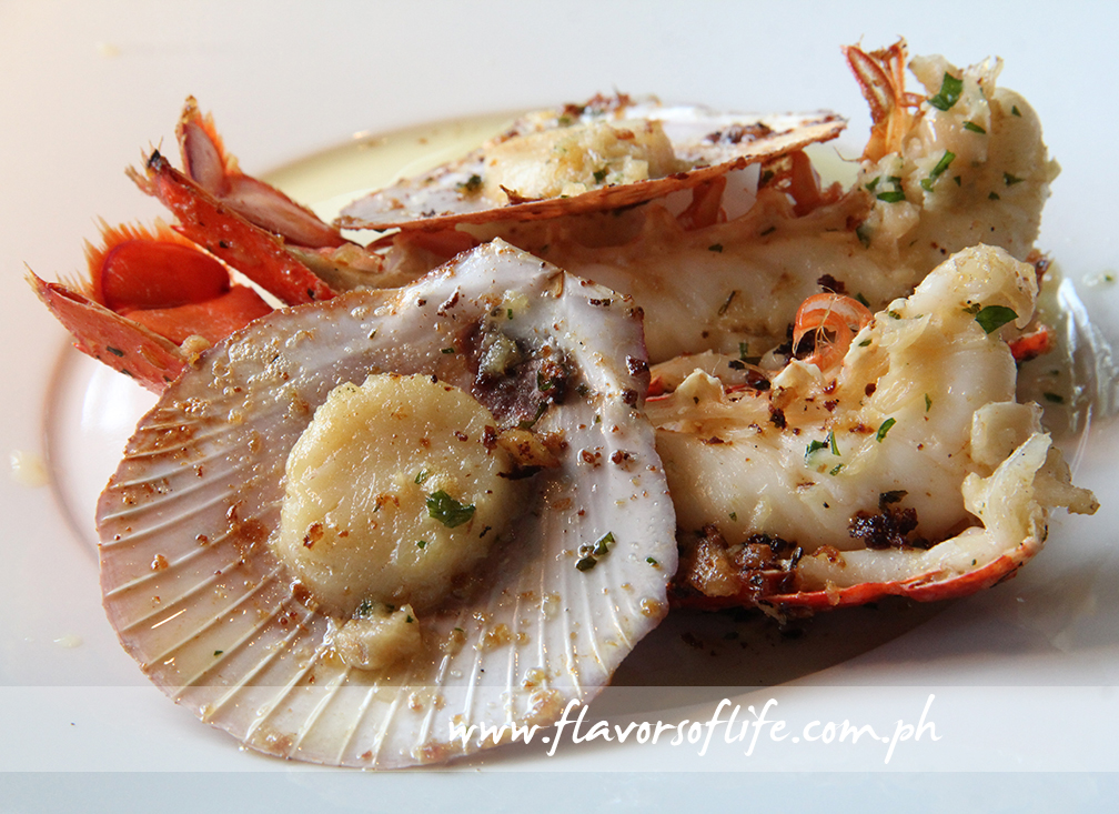 Grilled Scallops and Boston Lobsters