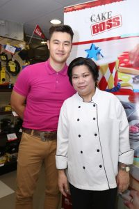 Chef Dorothy Ferreria with event host Steven Silva