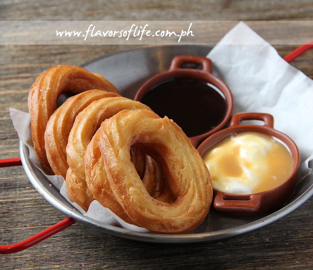 Chouxros with Dulce de Leche Cream