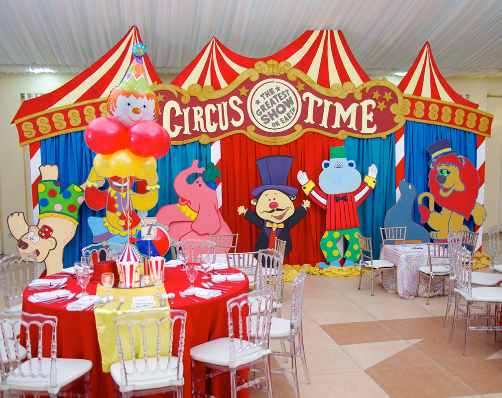 Circus-themed Children's Party setup