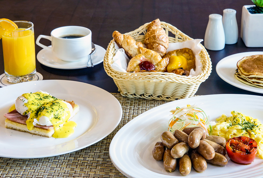 Blissful breakfast buffet at Eastwood Richmonde Hotel