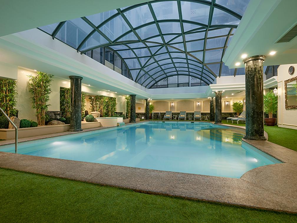 Heated indoor pool at Richmonde Hotel Ortigas