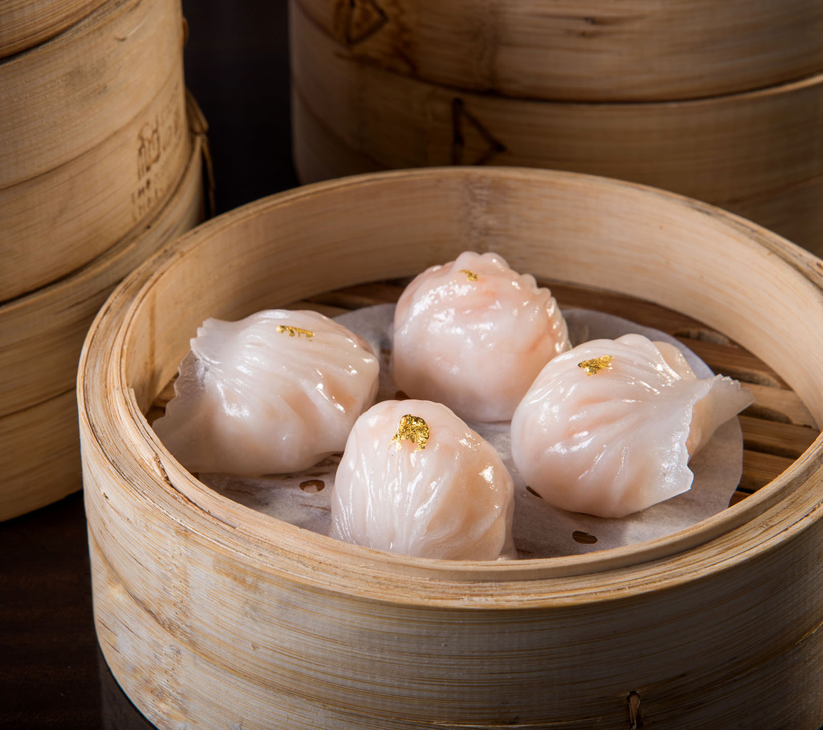 Steamed Shrimp Dumplings with Garlic