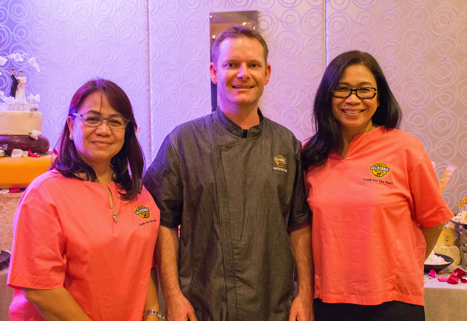 Joe Baird flanked by CMAB country representatives for the Philippines Evelyn Mercurio and Reji Retugal-Onal