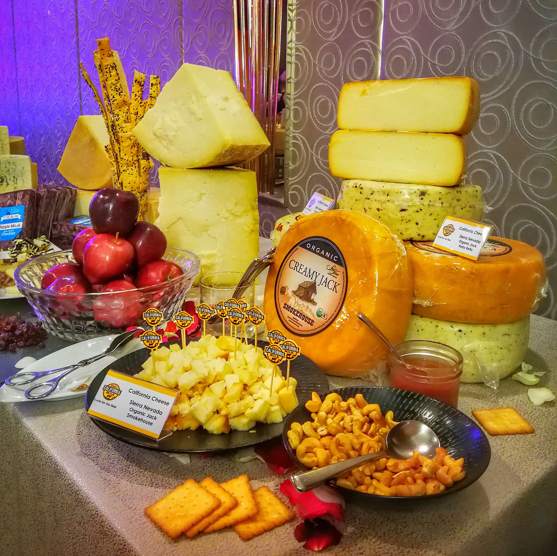 A good selection of California cheeses available for tasting in the recent CMAB event