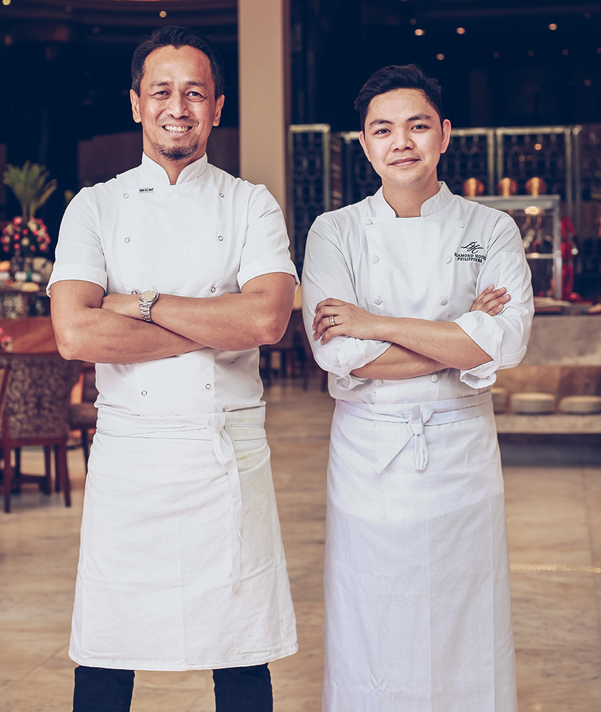 Chefs Sau del Rosario (left) and Miko Aspiras (right)