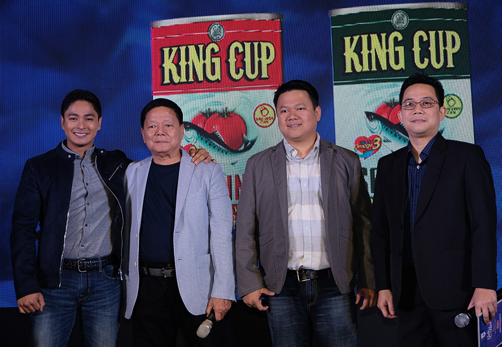 King Cup brand ambassador Coco Martin with Permex executives, from left: Jimmy Yap, president; Engr. Jaydrick Yap, vice president for sales and marketing; and chief finance officer Eugene Yap